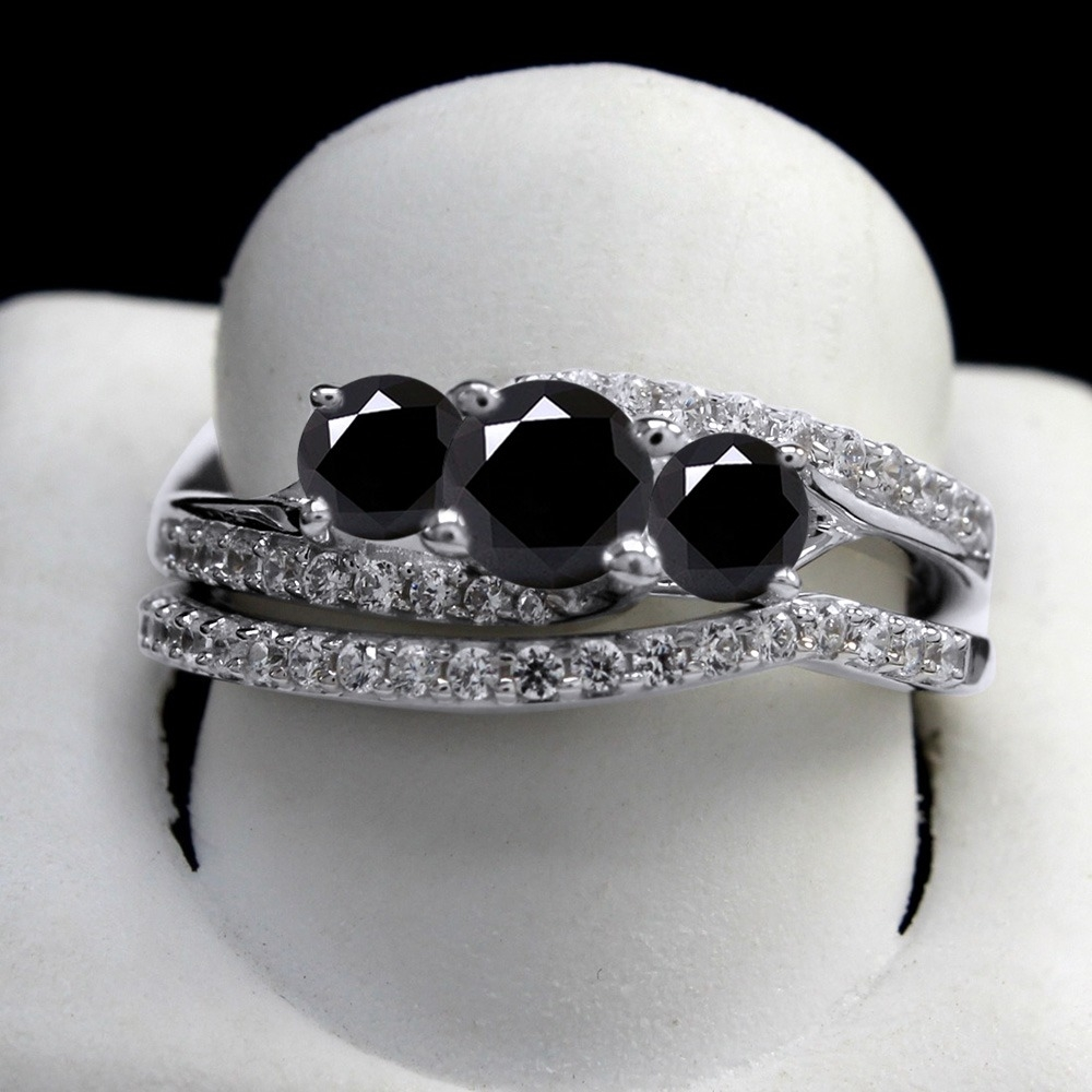 5_Ct_Round_Black_Moissanita_Bridal_Rings_Set_In_Sterling_Silver__With