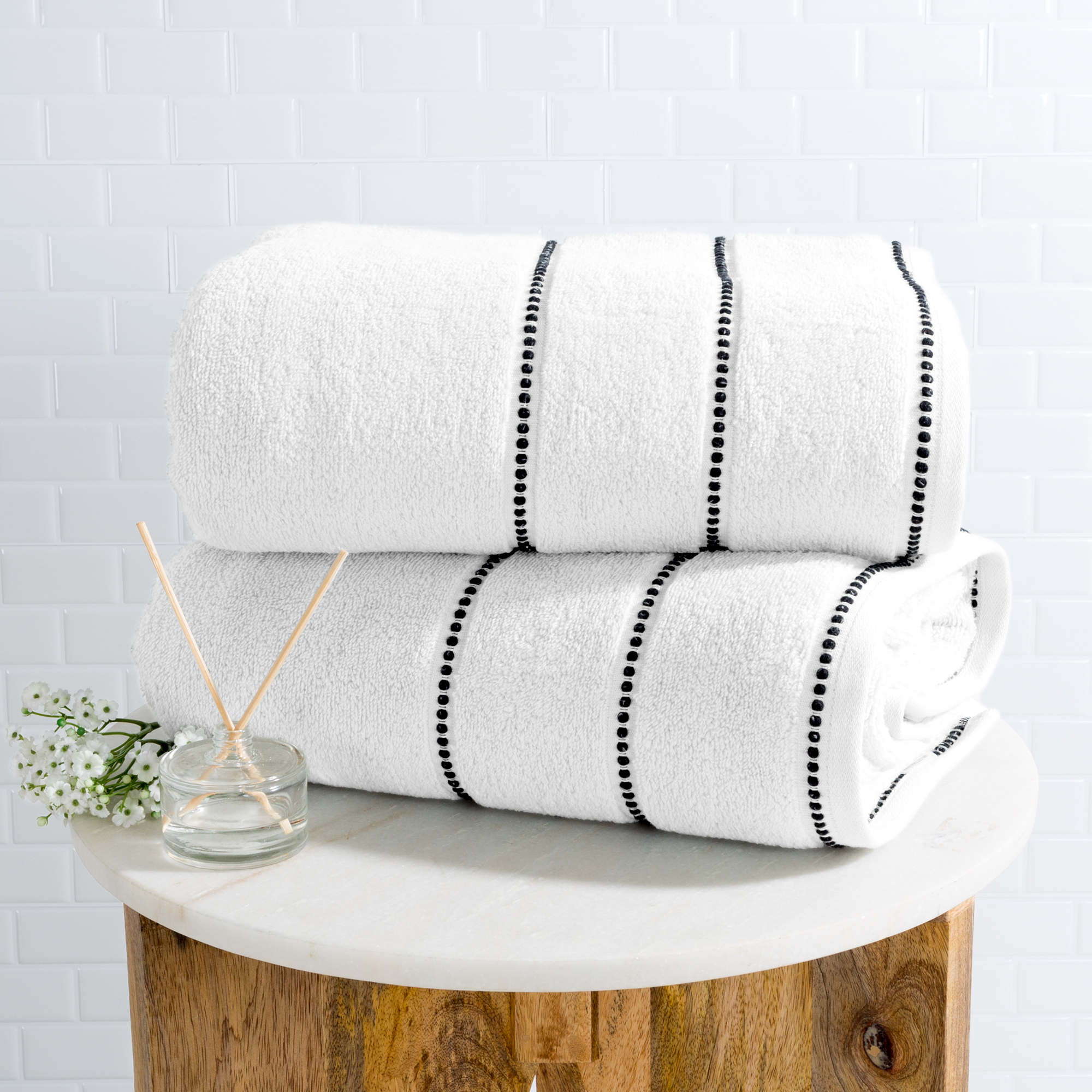 Luxurious Huge 34 x 68 In Cotton Towel Set- 2 Piece Bath Sheet Set Made From 100% Plush Cotton- Quick Dry, Soft and Absorbent White