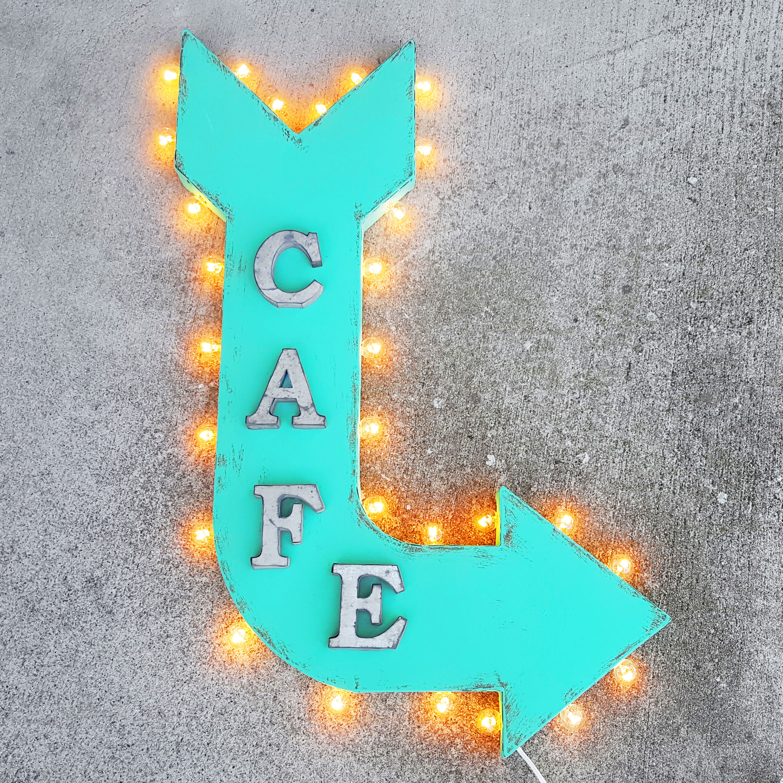Cafe Rustic Metal Curved Arrow Marquee Eatery Bar Eat Restaurant Diner Sign - 14 Colors! - Rust, Right Horizontal, Plug-In 59f2736ae2246164f809ef79