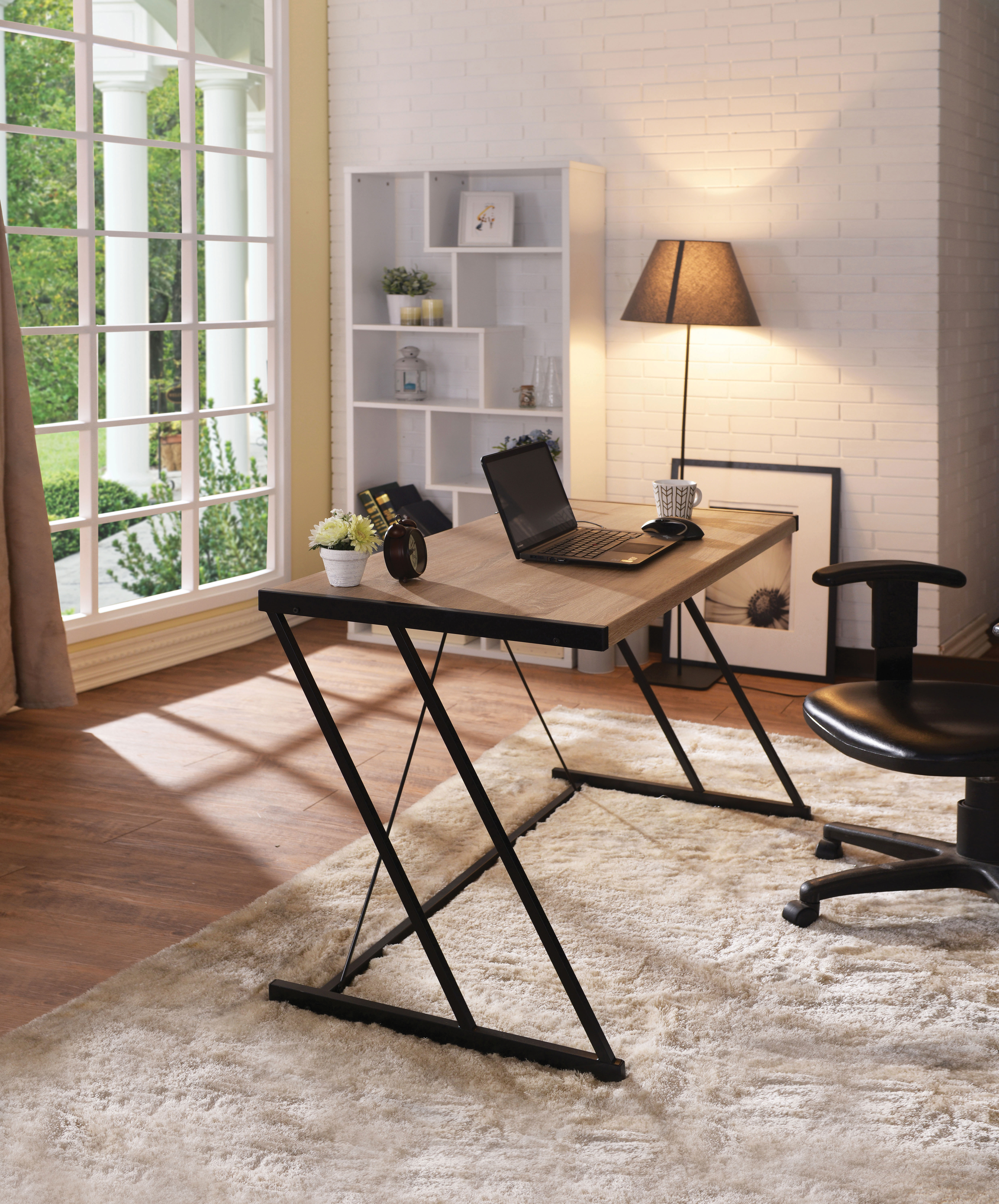 Metal Rectangular Writing Desk With Usb Dock, Light Oak & Black