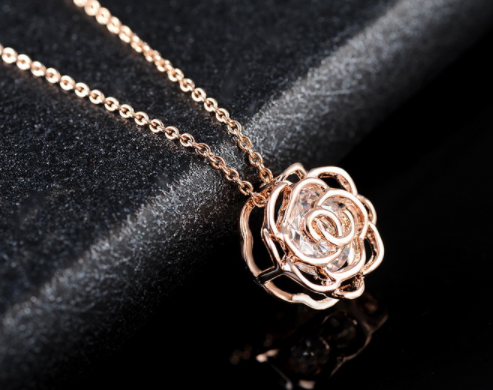 Crystal in a Rose Pendant Necklace - Rosegold Plated 571c2a67893d6fbe6f8b4b5d