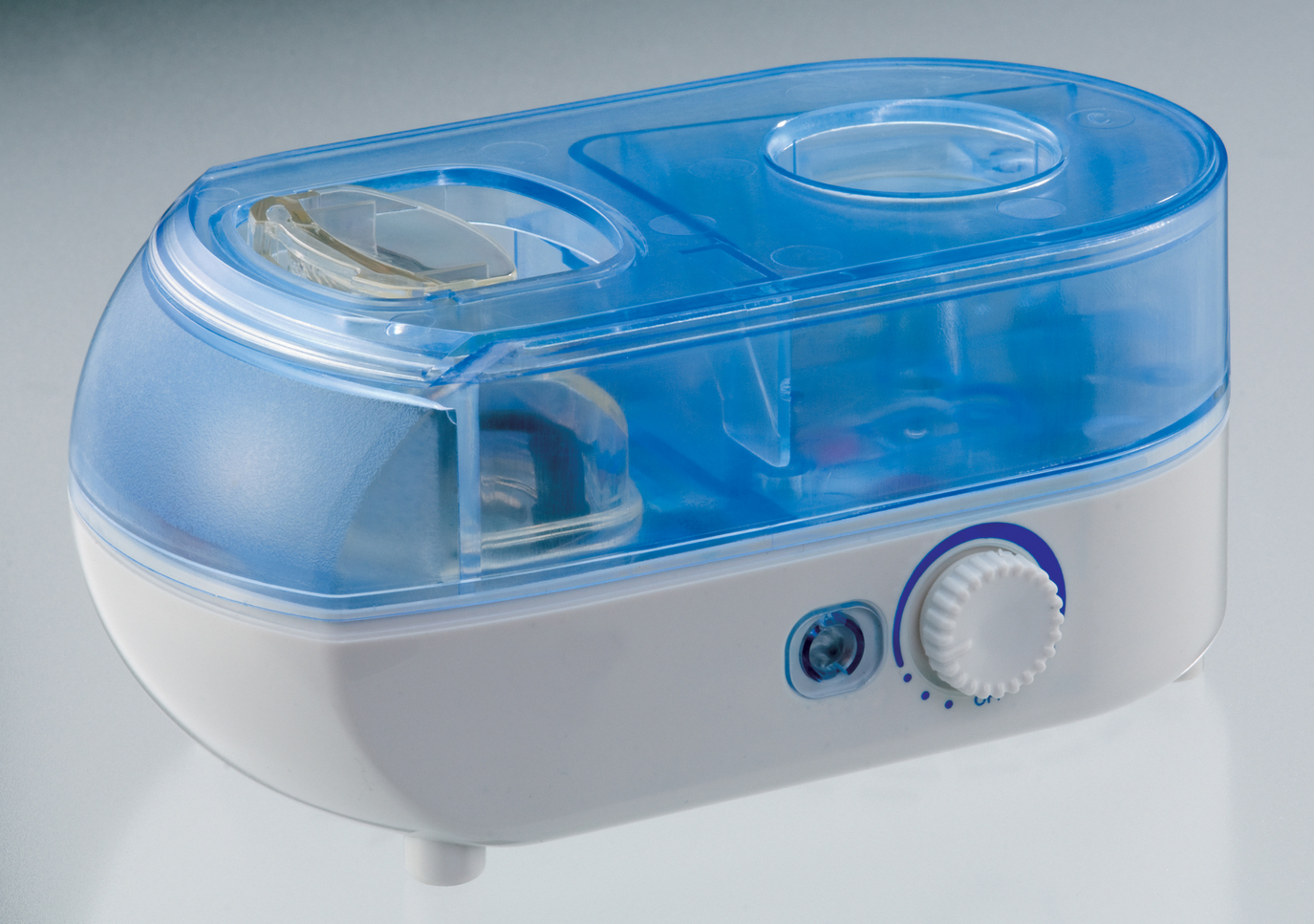 SPT-SU-1052-Portable Humidifier with Ionizer by Sunpentown 5a6f01fae2246159f91b401d