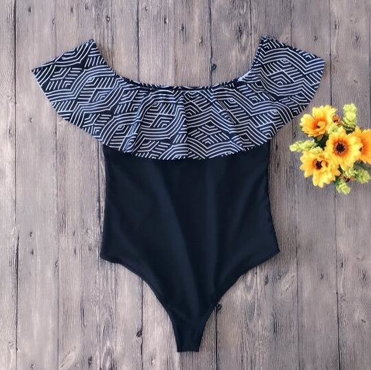 Floral Printed Lotus Sleeve One Pieces Swimsuit - S, Black 5b0d325a4a519f1a752cfdb5