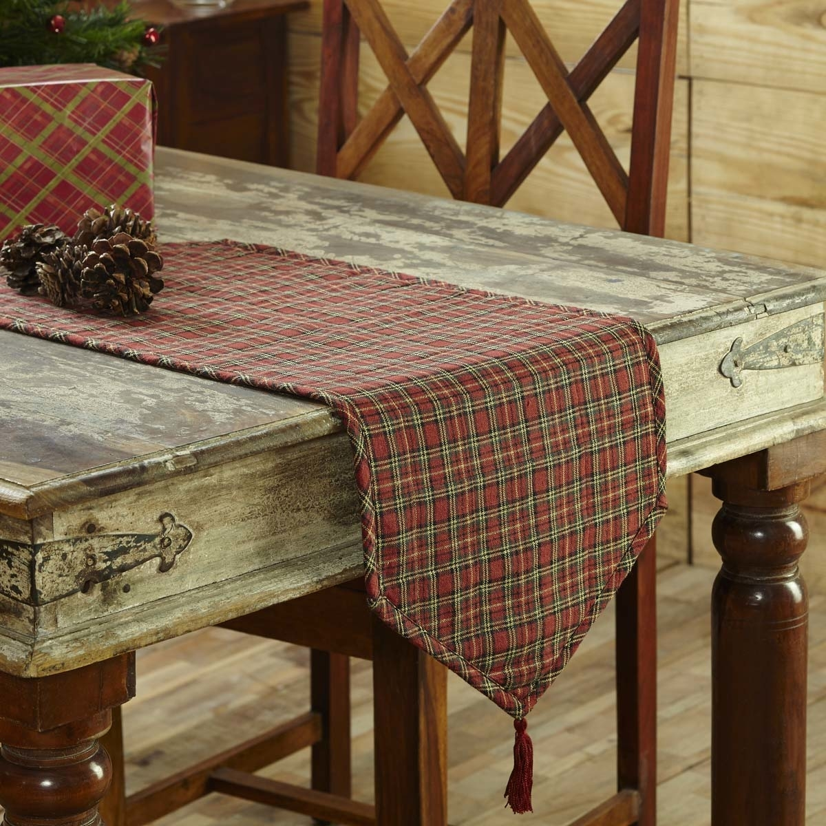 Seasonal Tabletop & Kitchen Tartan Holiday Red Runner 5b17f29c15910230f47cb1f3