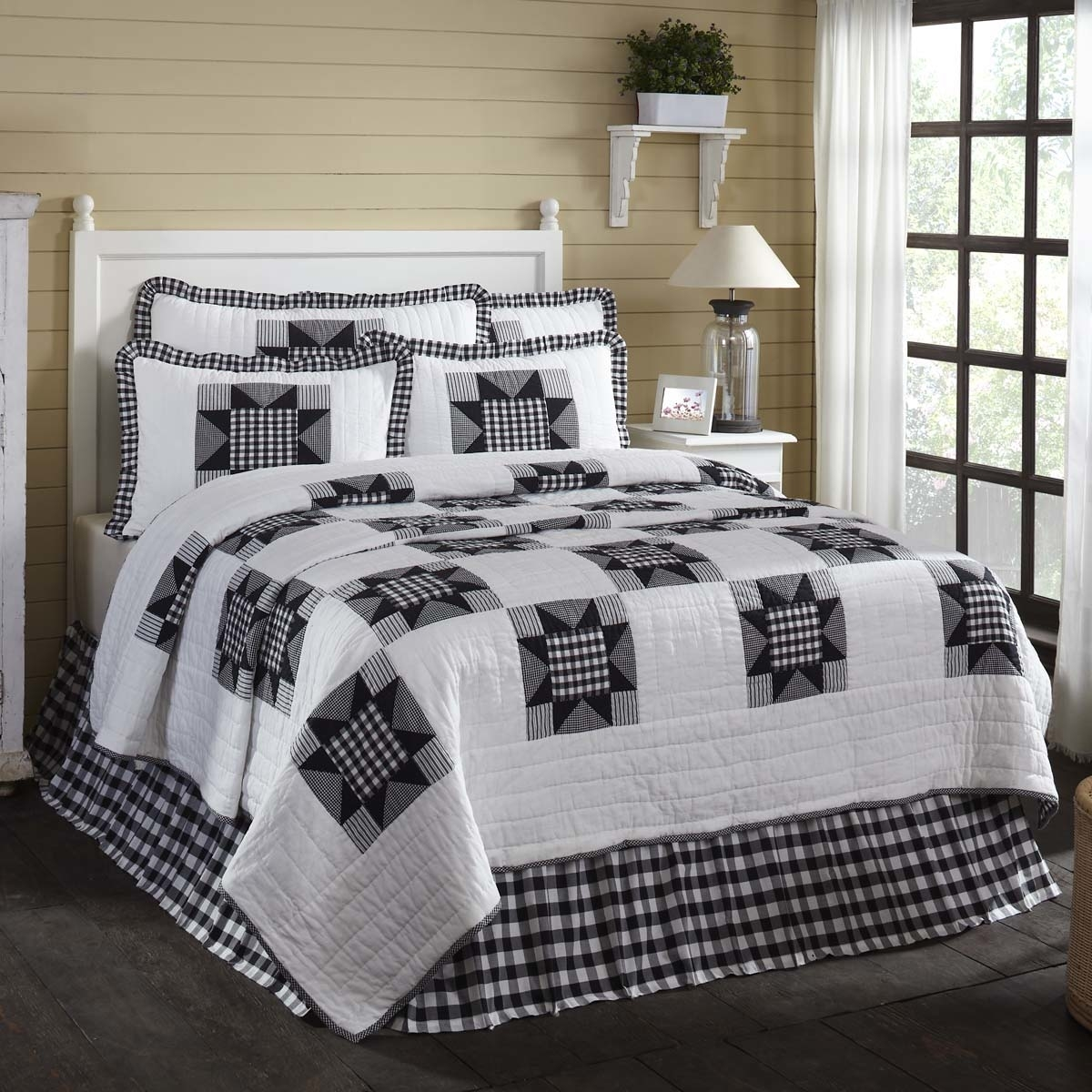 Farmhouse Bedding Emmie White Quilt