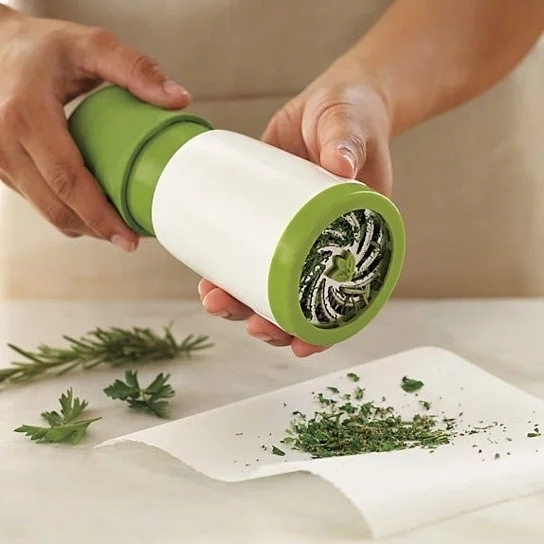 The Healing Herbs Mill for a Healthy Start in your Kitchen 5b330782a8673712ec7f97cb