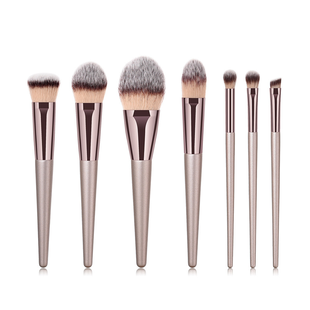 7Pcs Wooden Foundation Cosmetic Eyebrow Eyeshadow Brush Makeup Brush Sets Tools 5b75413cd9fd9137d721739b