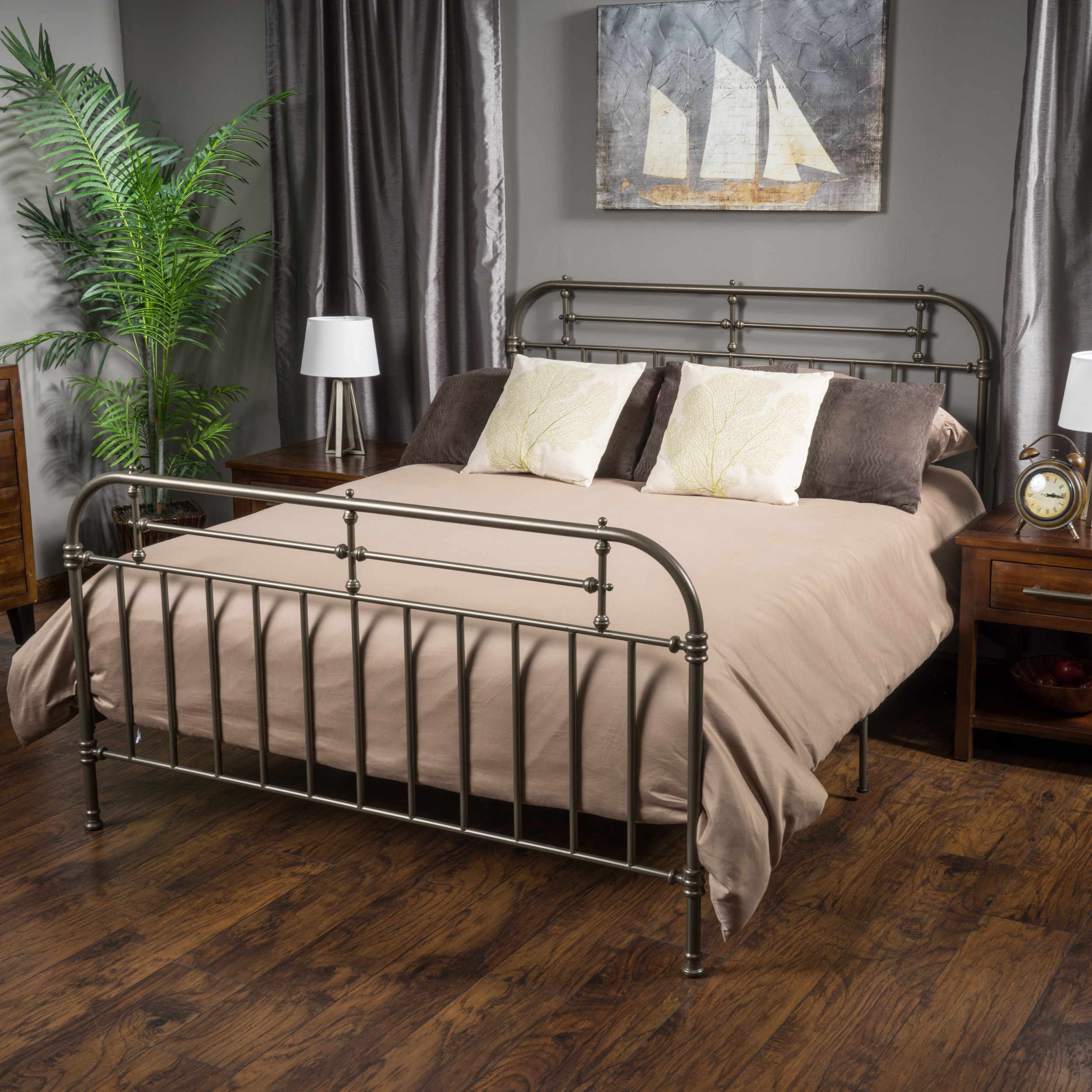 San Luis Queen Size Charcoal Iron Bed