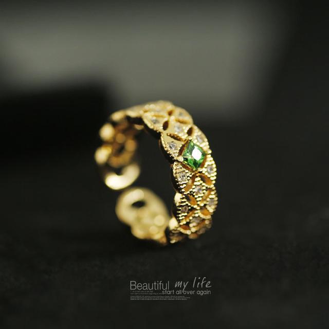 Hollow-out_Atmospheric_Emerald_Luxury_Zircon_14K_True_Gold_Opening_Design