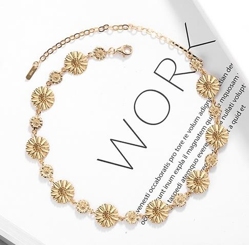 New_necklace_of_2019_Choker_fashion_simple_S925_silver_gold-plated_Daisy