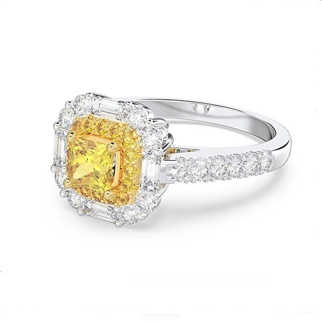 New_Luxury_Diamond_Ring_Princess_Square_Yellow_Diamond_Zircon_Ring_-_5
