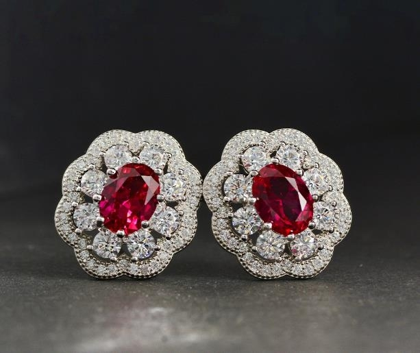 RUBY_EARRINGS_18K_Gold_Earrings_temperament_EARRINGS_COLOR_gem